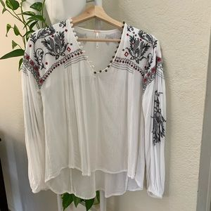 FREE PEOPLE EMBROIDERED WHITE TUNIC